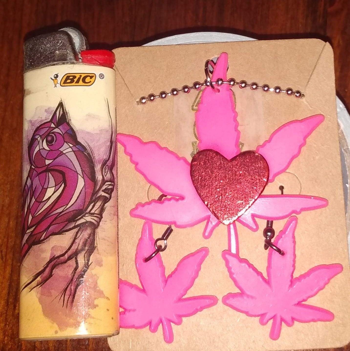 Cannabis Love Jewelry Set