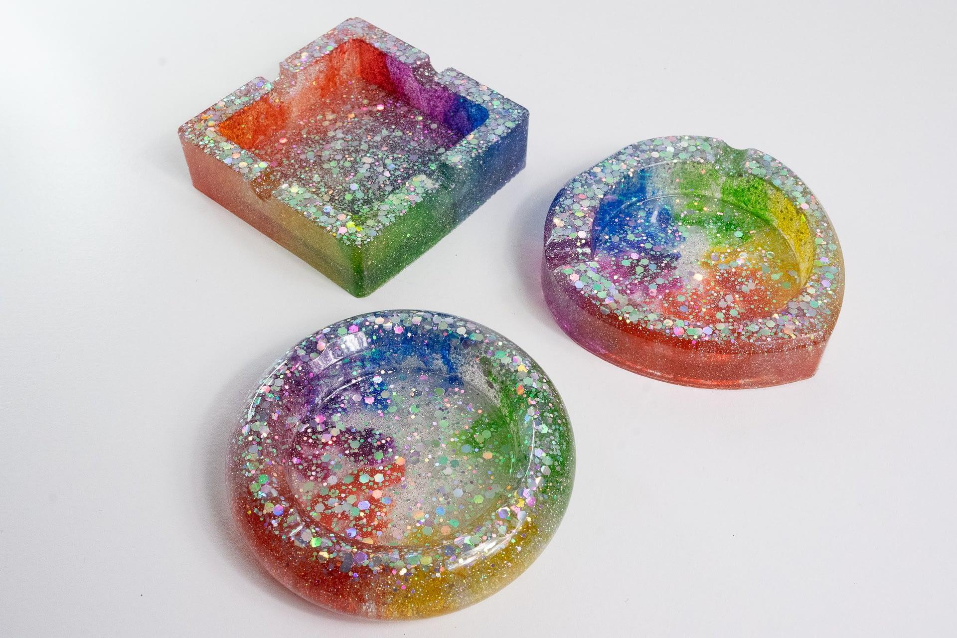 Rainbow Ashtray Set